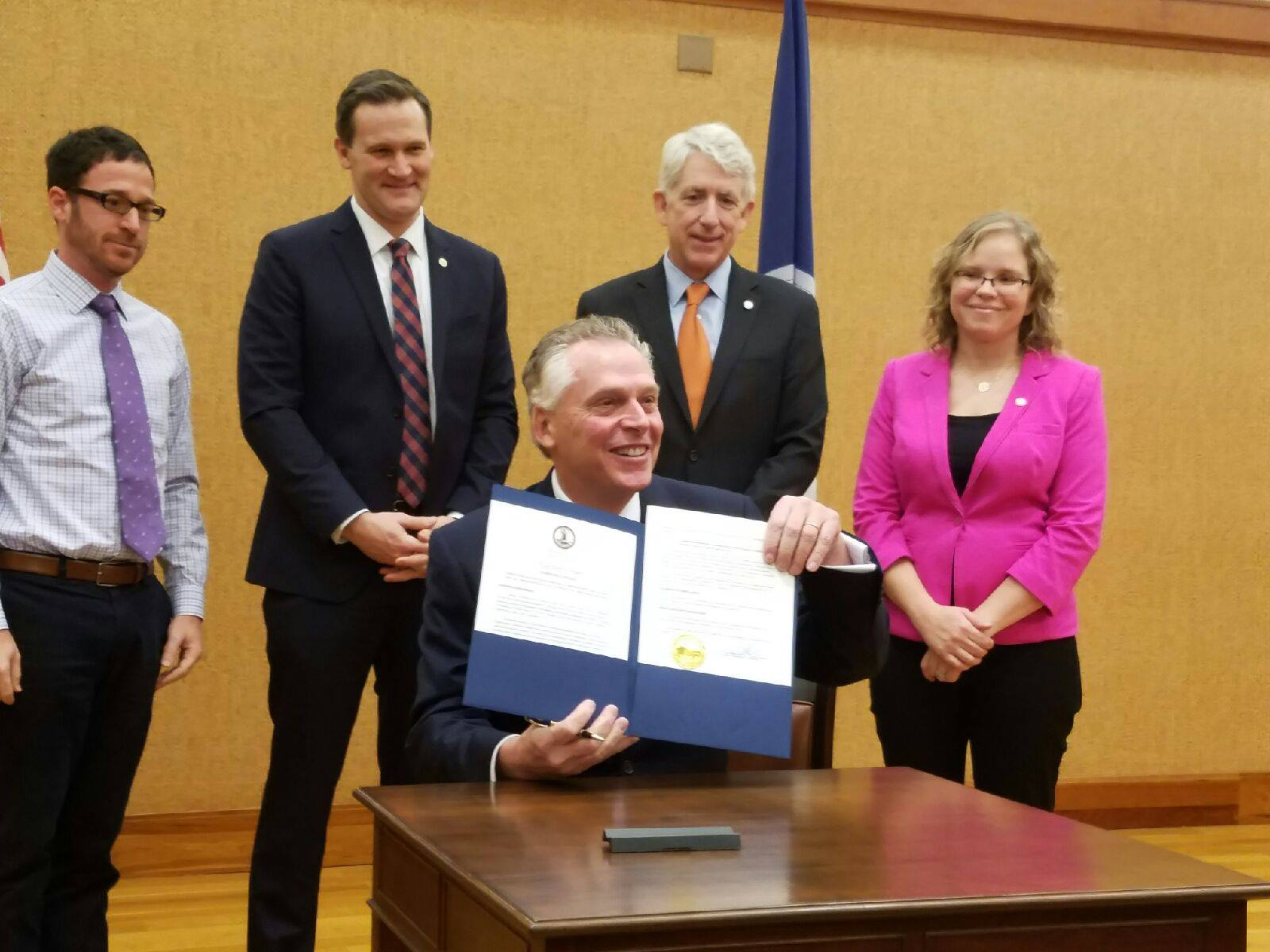 gov. mcauliffe signs anti-discrimination order